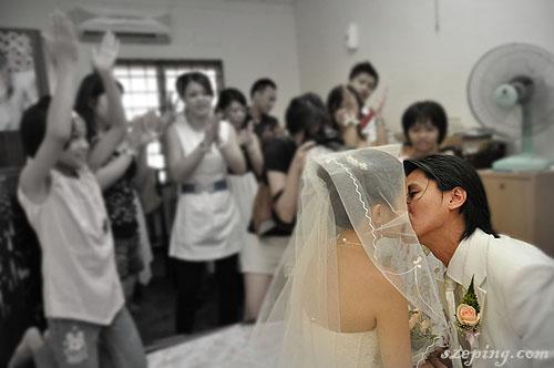 kiss_rs.jpg